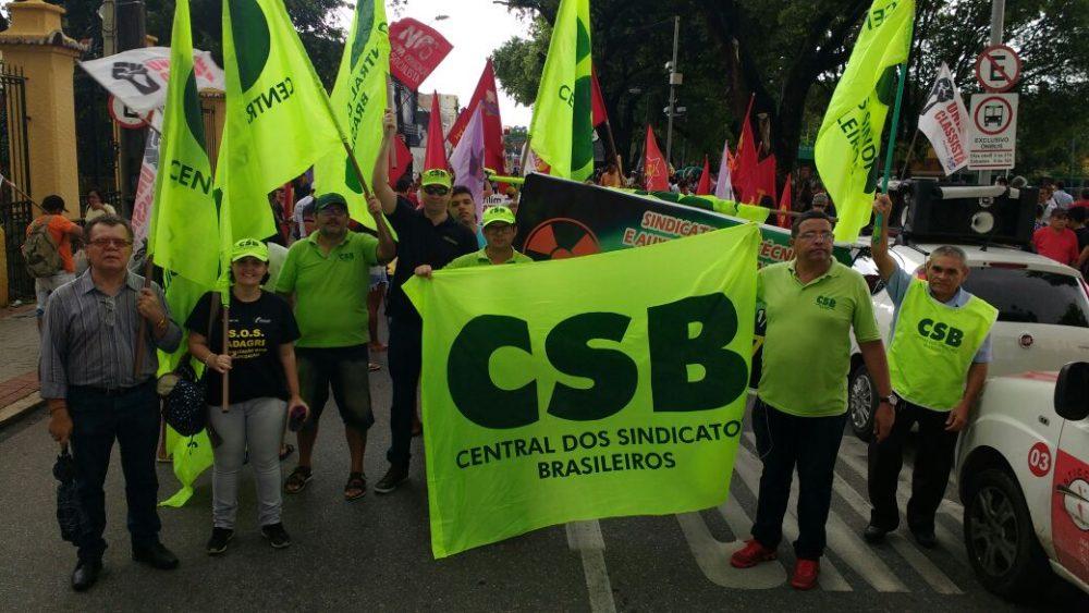 Manifestação já reúne mais de 7 mil manifestantes, principalmente na região Nordeste do País, nesta segunda-feira (19)
